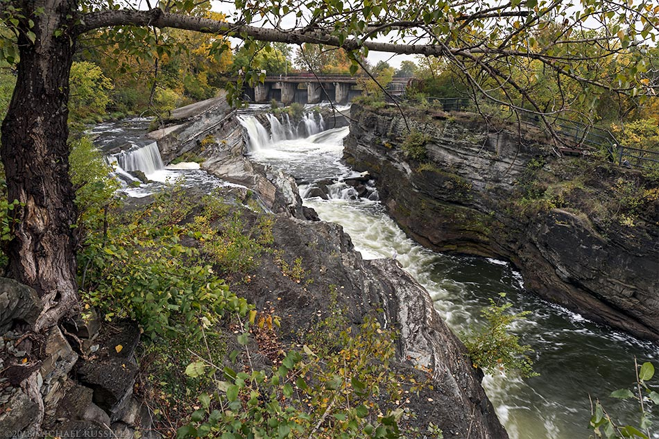 hogs back falls ottawa rideau river