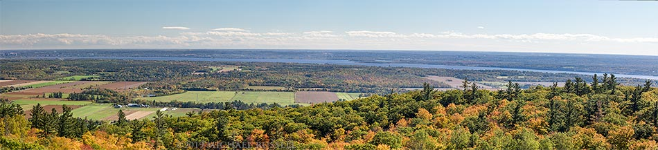 view from huron lookout in gatineau park