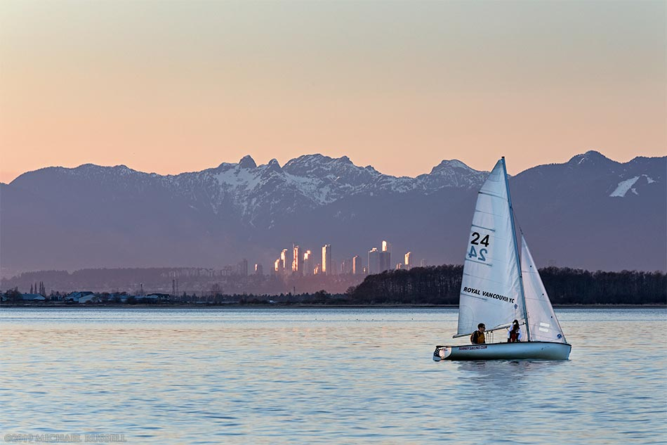 learning to sail at crescent beach