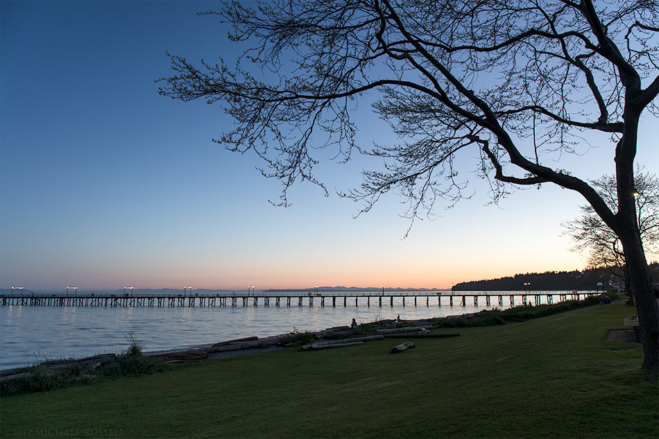 evening view of the white rock pier
