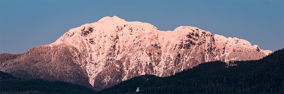 golden ears mountains mcphaden peak sunset fresh snow